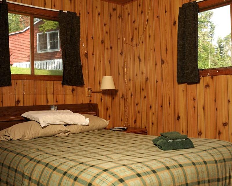 Guest room with queen bed.